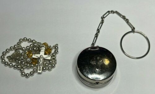 † UNIQUE VINTAGE SILVER LOCKET RING CASE TINY PULL CHAIN & YELLOW GLASS ROSARY †