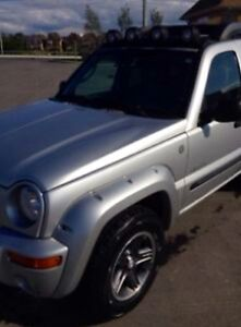 2004 Jeep Liberty Leather SUV, Crossover