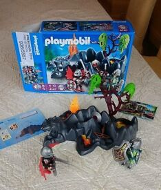 Playmobil 4147 Dragon Rock Set with Knights