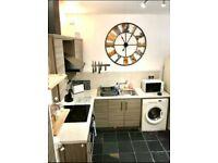 1 Bedroom Apartment, Main Street, Hillsborough, £595 p/m