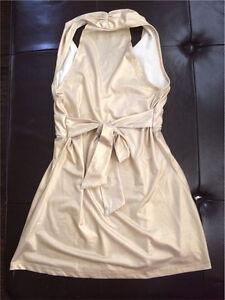 Women's Clothing lot of 4 dresses & 1 Shirts Kitchener / Waterloo Kitchener Area image 6