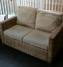Wicker 2 seat sofa and armchair.