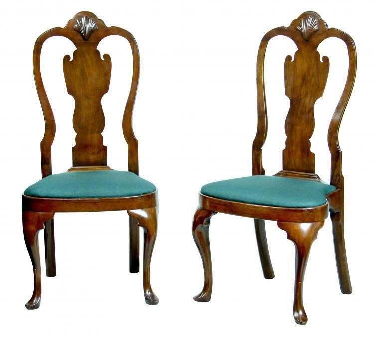SWC-Pair of Walnut Queen Anne Side Chairs with Shell, Philadelphia, c.1740-60