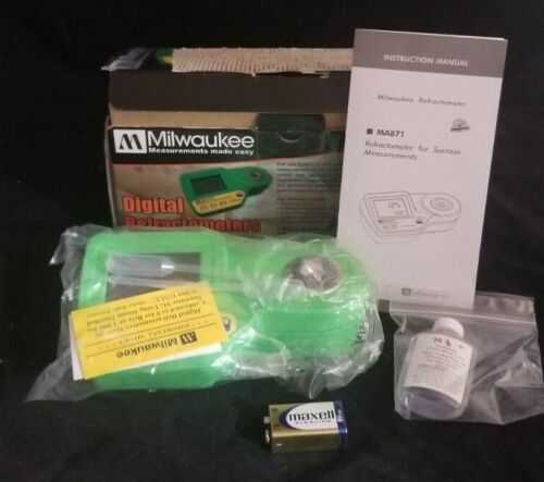 Milwaukee Instruments MA871 Digital Brix Of Sugar Refractometer, Range 0-85%