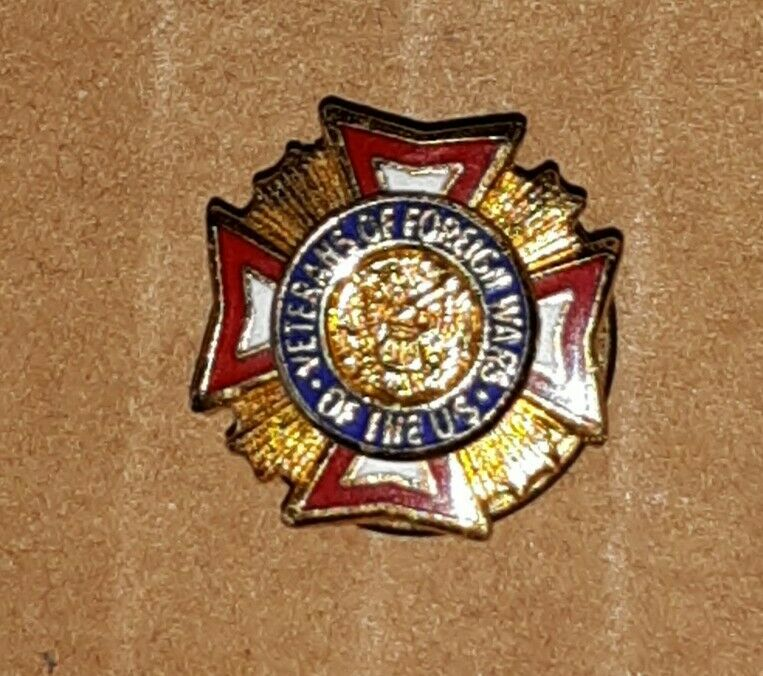Auxiliary VFW Lapel Pin Veterans of Foriegn Wars Pinback hat Award War Army Navy