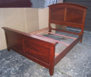 Nice Queen Bed frame, mahogany color, quite good condition