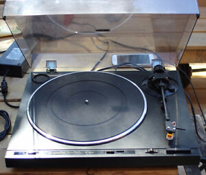 Pioneer PL-600 Fully automatic Turntable