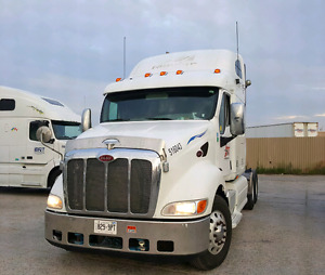 Peterbilt 387 2008 clean truck. Reduced