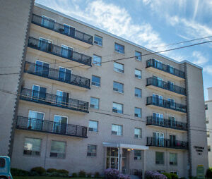 141 Cameron St - 2 Bdrm Available Sep 1st - Utilities Included!