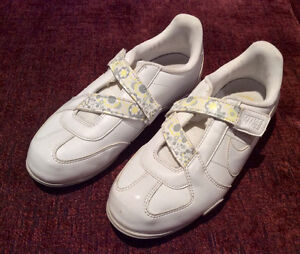 Shoes for 5-7 years old girl: $5 for any pair: keds, flip flops