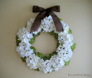 White Hydrangea Wreath/ Wedding Wreath/ Bridal Shower Decor