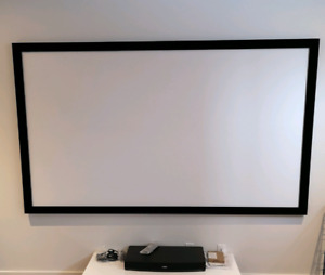 "Écran Projecteur / Projector Screen 100"" 4K ultra HD"