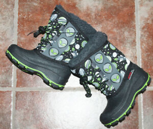 BRAND NEW TODDLER WINTER BOOTS
