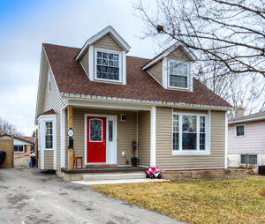 Cute Starter Home!!  Great crescent location!