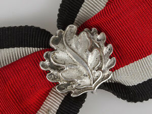 WWII-German-Oakleaves-to-Knights-Cross-of-Iron-Cross