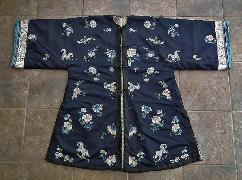 Antique Chinese Embroidered Silk Long Robe Winter Coat Qing Dynasty 104 cm Long