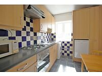 LOVELY 2 BEDROOM FLAT, NEW BROADWAY, EALING, 5 MINS WALK TO EALING BROADWAY (PET FRIENDLY) !!