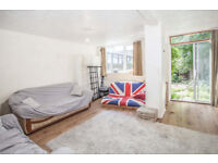 3 bedroom house - De Beauvoir Road - Haggerston