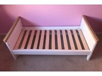Mothercare Lulworth Cotbed and Baby Changer
