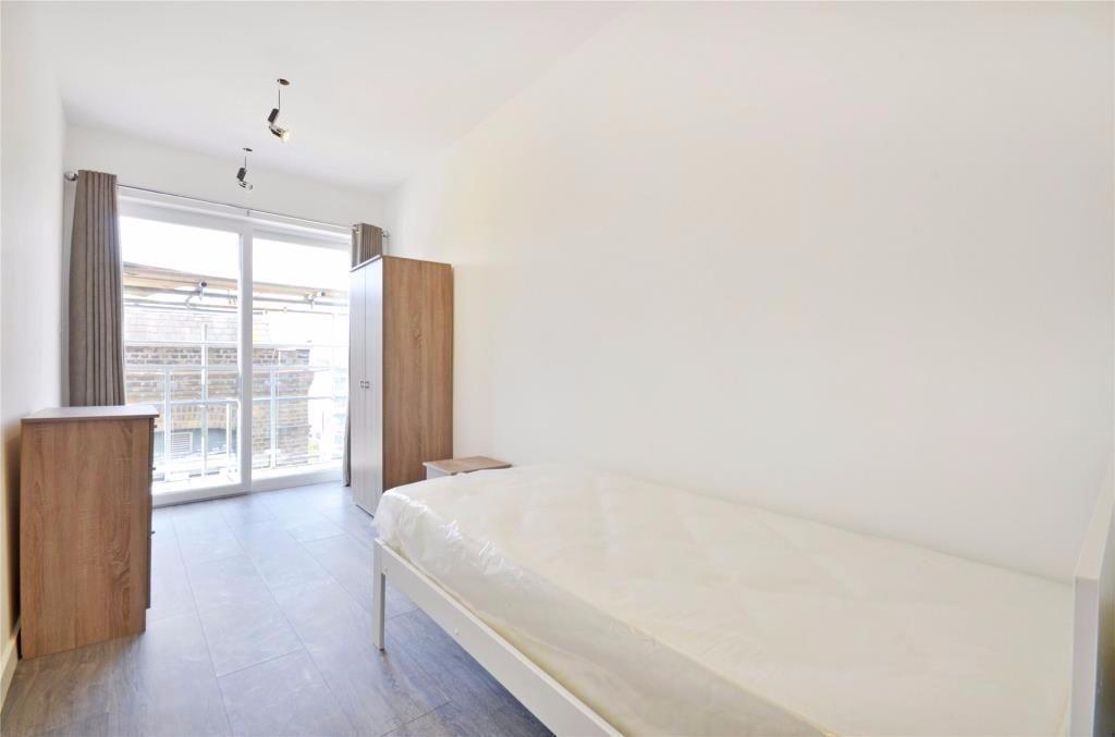 2 bedroom flat in Finchley Road
