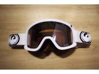 Dragon D2 Snow Goggles in White - Rarely Used!