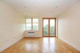 Two bedroom, two bathroom flat to rent in Beckenham