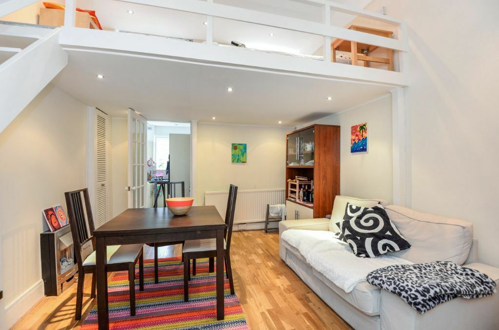Stunning spacious flat in South Hampstead!