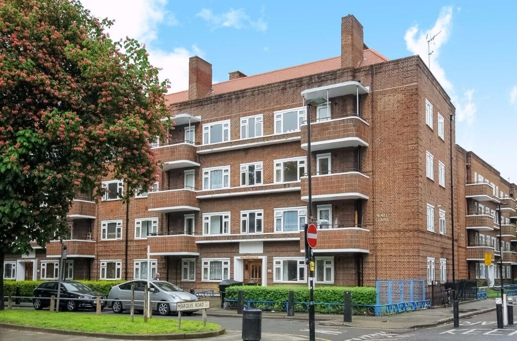 Large two bedroom ground floor apartment on Stroud Green London N4 - Available early January