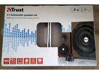 Trust Vigor 2.1 Speakers, wood effect, boxed and unused
