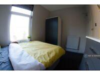 1 bedroom in Grove Road, Wakefield, WF1 (#1094414)