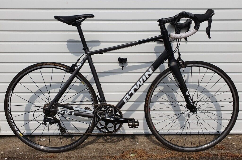 1e604fa1897 BTwin Triban 540 105 Mavic Road Bike RRP £670 not trek giant cube bmc felt  specialized