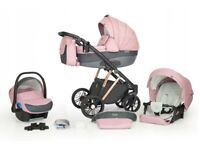 Beautiful BABY PRAM 3 in 1 travel system barely used very good condition