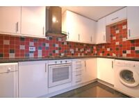 Two bedroom apartment to rent in a popular residential area, Chaucer Drive