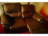 Brand new! Brown luxury leather 2 seater reclining sofa. AMAIZING PRICE. RRP: 900 £