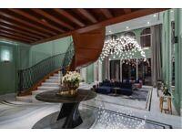 Dubai Villa | Skyline Views | Luxurious Property