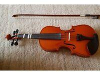 1/4 size violin in good condition