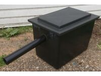 BLACK FILTER BOX WITH PLASTIC MEDIA FOR POND FISH 45 X 30 X 33