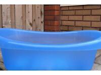 Baby bath tub (blue)
