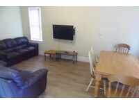 1st July 17 - 7 DOUBLE Bed House Parkgate Ave Withington 7 x £346.66pcm FREE TV & LICENCE INCLUDED