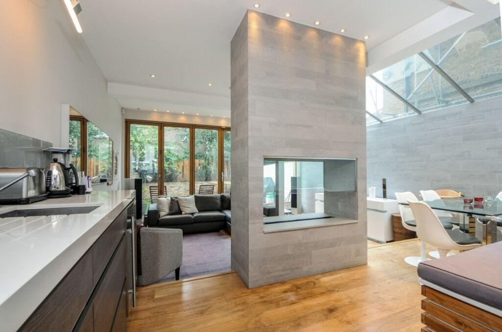 A stunning three double bedroom, two bathroom split level flat, Sedlescombe Road, SW6