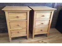 2 Oak Willis & Gambier bedside table cabinets