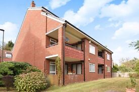 Spacious two bedroom, two bathroom flat to rent in Shortlands