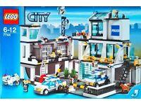 Lego City Police Station 7744