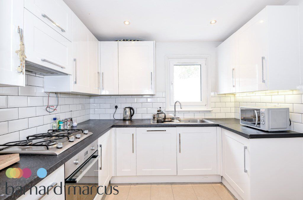 Immaculate 4 bed to let