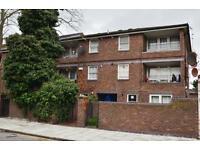1 bedroom flat in Richmond Road, Hackney