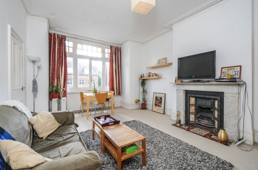 Beautiful one bed flat in excellent location