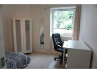 Spacious 3 double bedroom HMO student flat accommodation 2 mins walk from Uni from 1st July/Aug/Sep