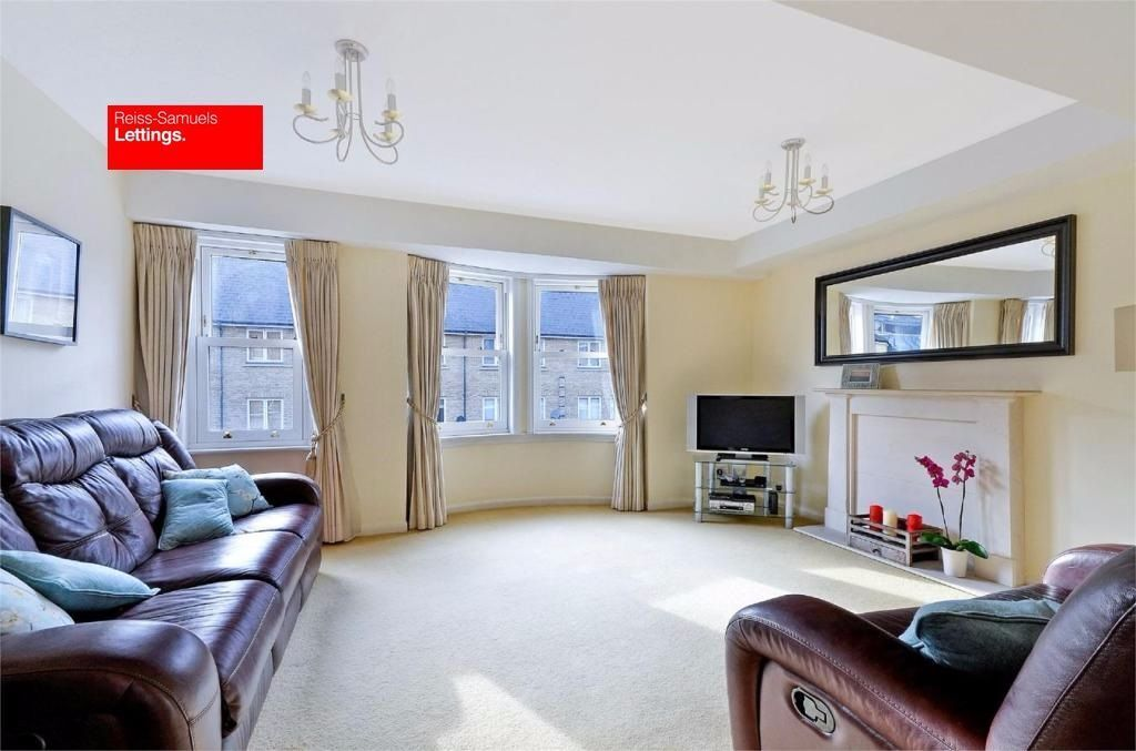 5 DOUBLE BEDROOMS-4 BATHROOMS-LARGE LIVING ROOM-FURNISHED- E14 CANARY WHARF
