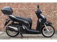 Honda SH300 (16 REG) in black, Immaculate Condition with only 2800 miles!