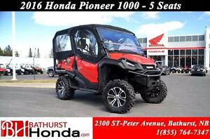 2016 Honda Pioneer 1000 5 seats HEATER!! 6 Speed! 5 Seats! Dual